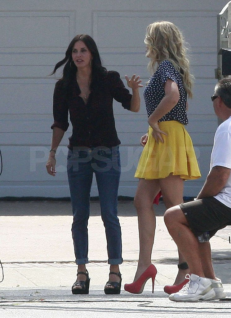 Busy Philipps joined Courteney Cox on the set.