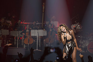 Beyoncé Knowles Pictures Performing at NYC's Roseland Ballroom