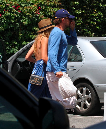Blake Lively Breaks From Work For a Lunch Date With Leonardo DiCaprio