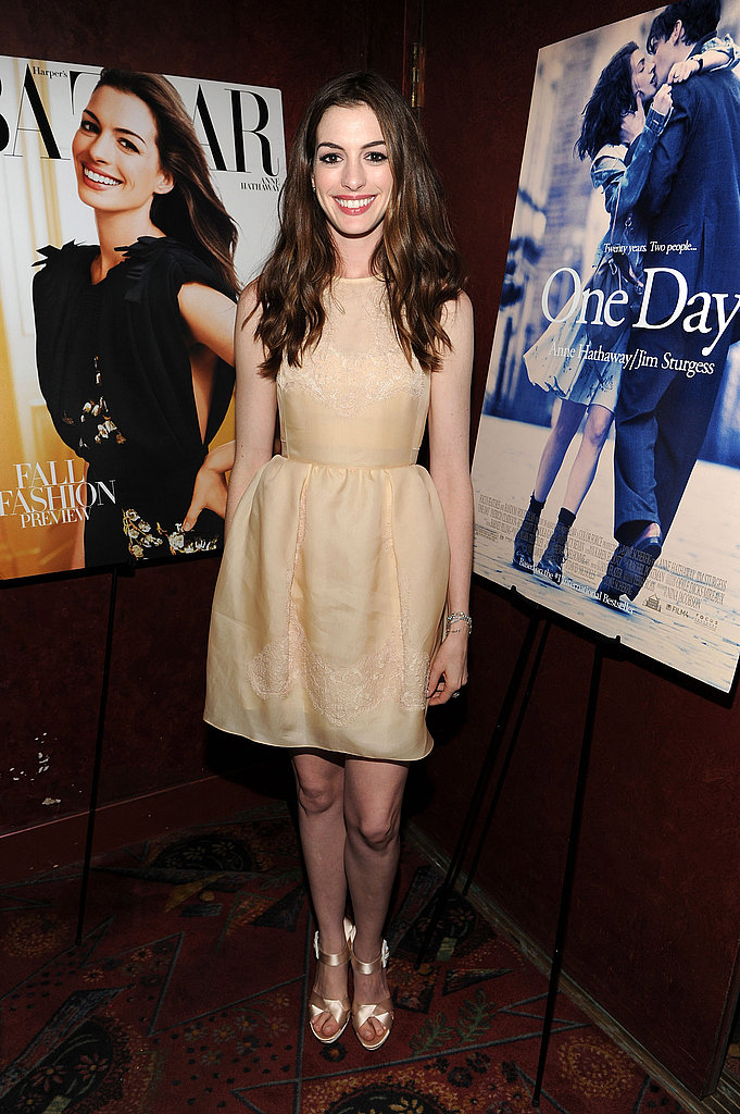 Anne chose a nude dress and gorgeous gold heels for an after-party of the One Day NYC premiere.
