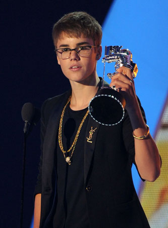 Justin Bieber took home the award for best male video.