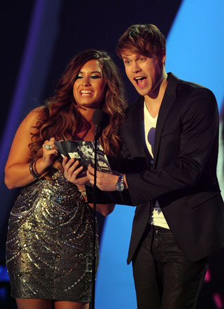 Demi Lovato and Chord Overstreet presented the award for best collaboration.