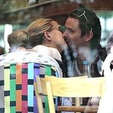 Kate Hudson and Matthew Bellamy shared a sweet kiss.