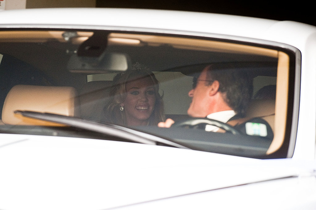 Petra chatted with her chauffeur.