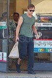 Ryan Gosling at 7 Eleven.