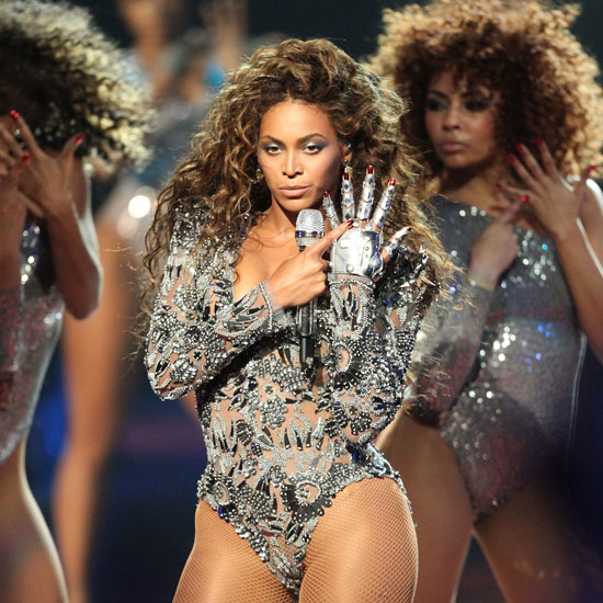 "Beyoncé Knowles performed ""Single Ladies"" during MTV's 2009 Video Music Awards at NYC's Radio City Music Hall."