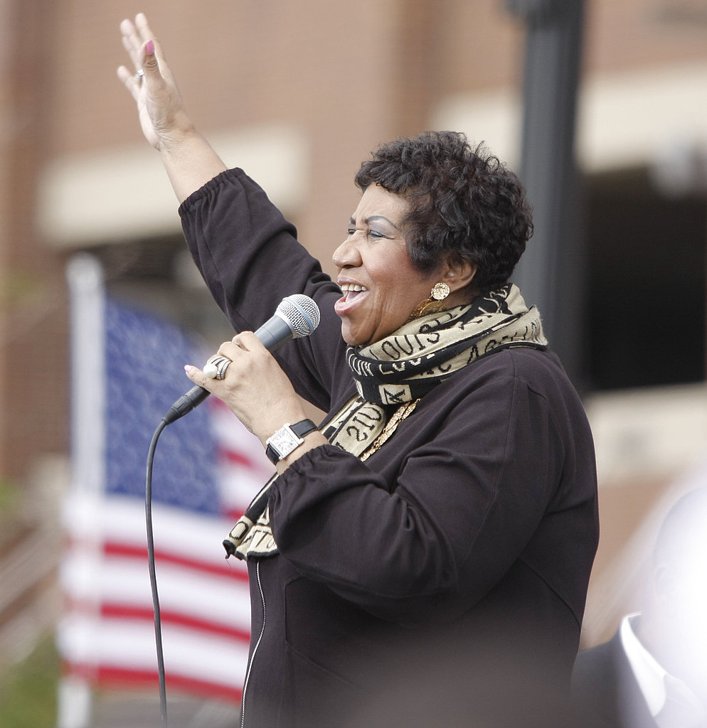 Aretha Franklin livens things up for Obama's rally.