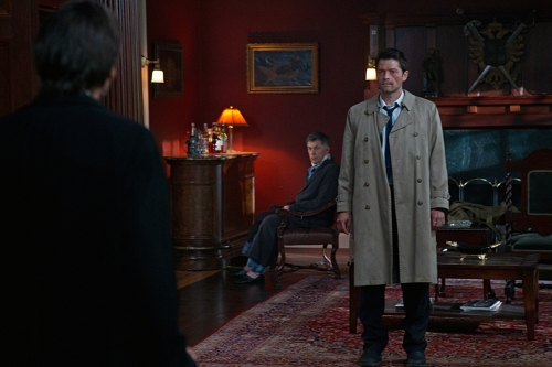 Misha Collins as Castiel and Julian Richings as Death on Supernatural.  Photo courtesy of The CW
