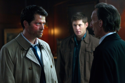 Misha Collins as Castiel, Jensen Ackles as Dean Winchester, and Julian Richings as Death on Supernatural.  Photo courtesy of The CW