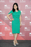 Selma Blair wore a green Roland Mouret sheath dress and gray pumps at the Dark Horse photo call.