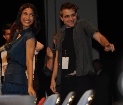 Julia Jones talks about Working With Rob & Taylor
