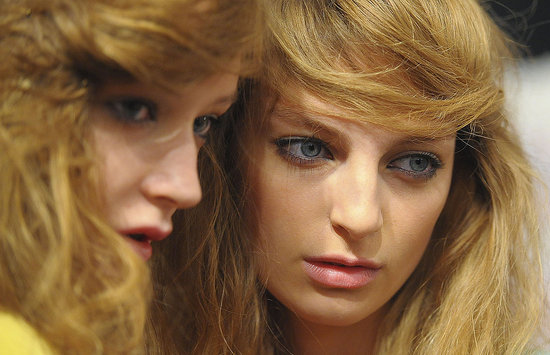 Backstage Pass — Beachy Side-Swooped Hair at Jill Stuart