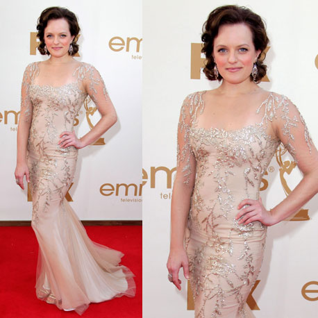 Pictures of Mad Men Star Elisabeth Moss in Marchesa gown on the red carpet at the 2011 Emmy Awards