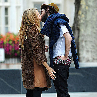 Sienna Miller and Tom Sturridge Kissing Beard Pictures