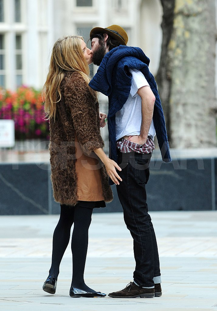 Sienna Miller and Tom Sturridge kissing in London.