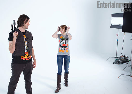 Emma Stone and Bill Hader wear their Star Wars gear and Stand Up to Cancer shirts.