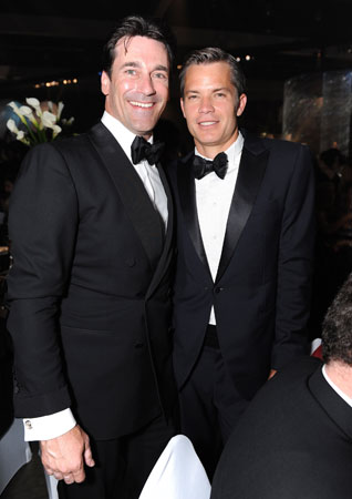 Best actor in a drama nominee Jon Hamm posed with Justified's Timothy Olyphant.