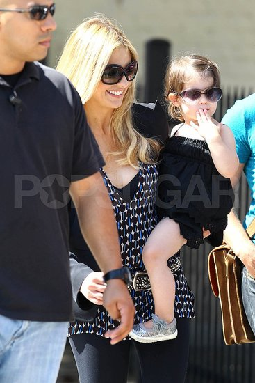 Sarah Michelle Gellar Welcomes Her Daughter, Charlie, to the Ringer Set!