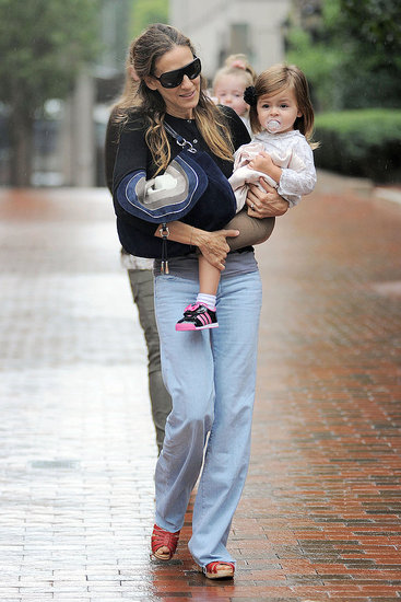 Sarah Jessica Parker and Her Twins Don't Let a Little Rain Slow Them Down