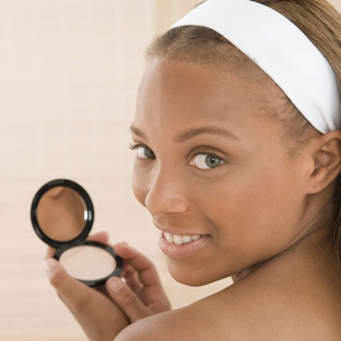 How to Cover Pimples With Makeup