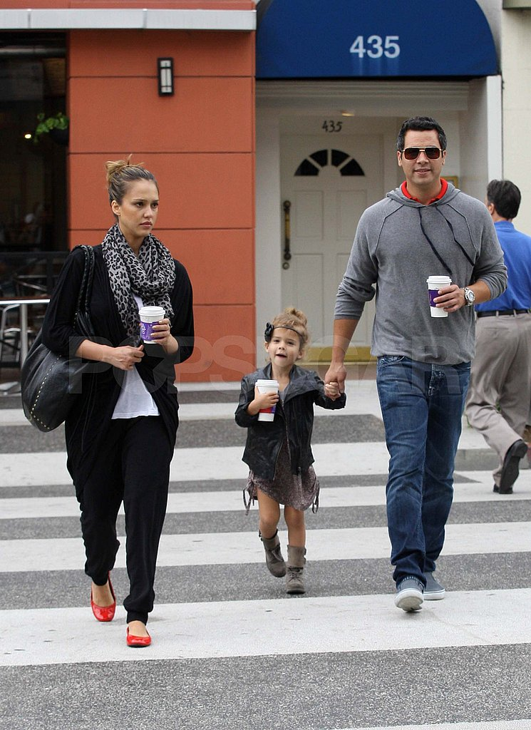 Jessica Alba and Cash Warren get coffee with Honor in LA.