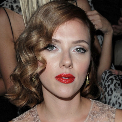 Scarlett Johansson Wears Custom-Blended Dolce & Gabbana Red Lipstick Courtesy of Pat McGrath