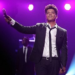 Bruno Mars to Perform Macy&#039;s Glamorama 2011 in San Francisco