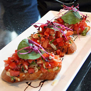 Difference Between Bruschetta and Crostini