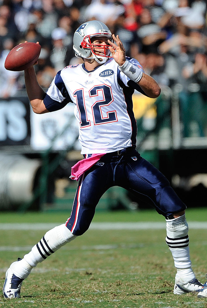 Tom Brady wore a pink towel in honor of breast cancer awareness month.