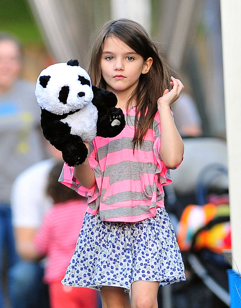 Suri Cruise showed off her new stuffed panda.