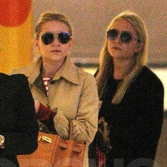 Mary-Kate Olsen and Ashley Olsen Pictures Leaving Paris Fashion Week