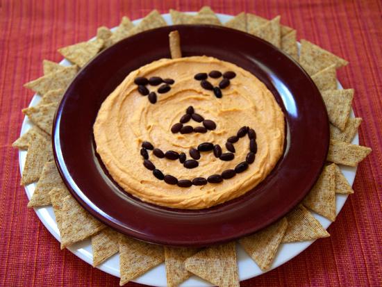 Jack-o'-Lantern Hummus Plate