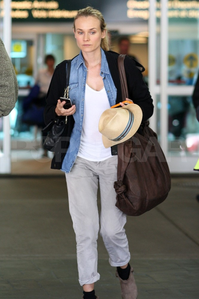Diane Kruger arrives in Vancouver to visit with Joshua Jackson.