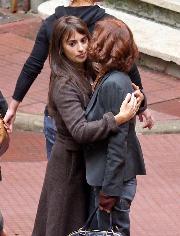 Penelope Cruz greeted a friend with a hug.