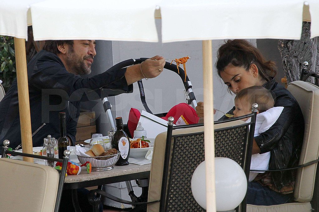Javier Bardem and Penelope Cruz shared lunch with Leo Bardem.