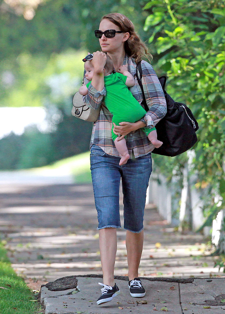 Natalie Portman went casual for a visit with Aleph Millepied.