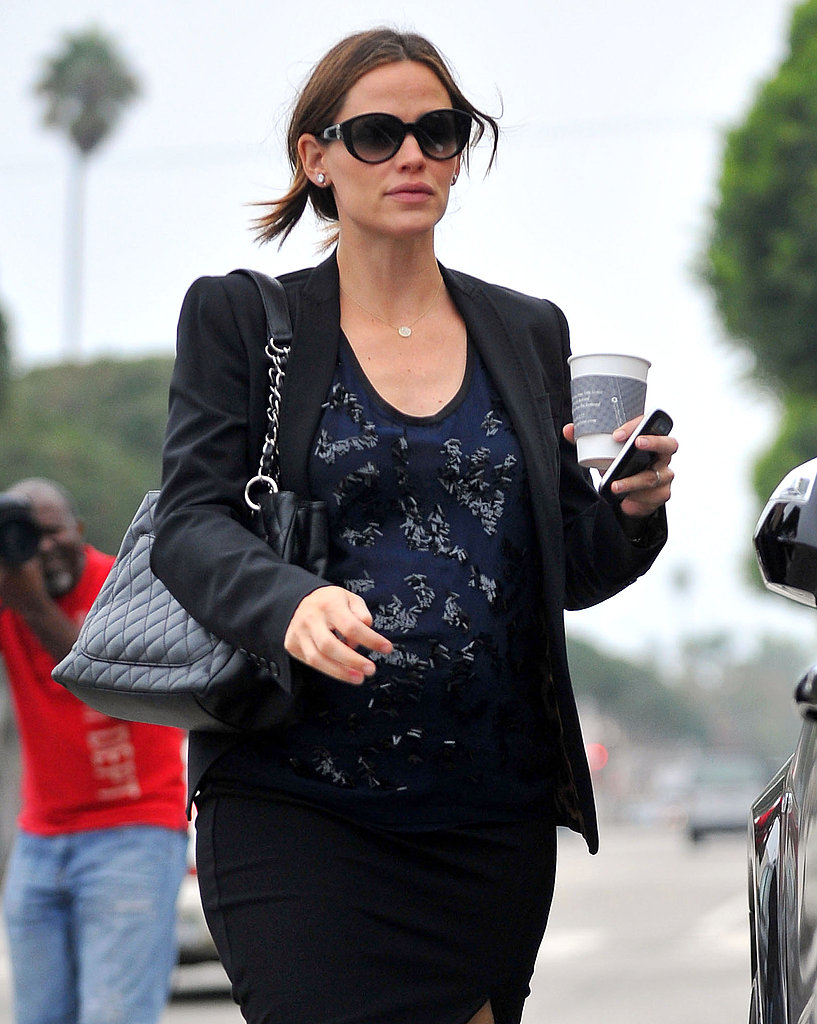 Jennifer Garner headed home after a meeting in LA.