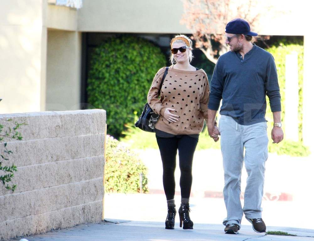 Jessica Simpson holds her bump in LA.