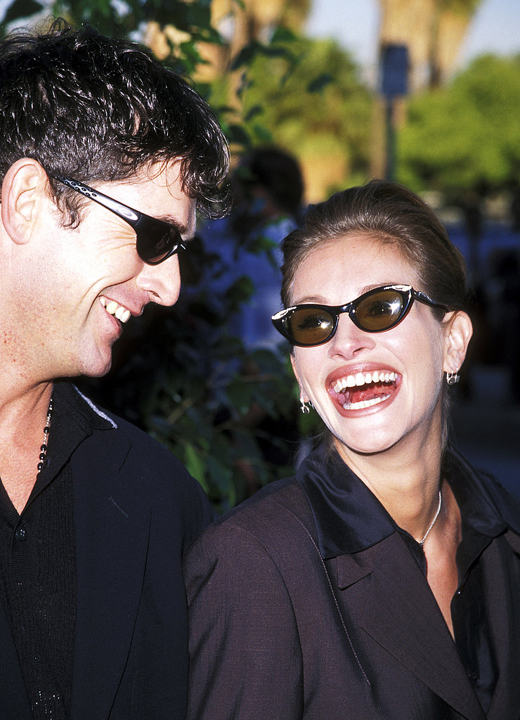 Julia Roberts and actor Rupert Everett were a match at the Blockbuster Awards in 1998.
