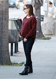 Pregnant Jennifer Garner in a sweater.