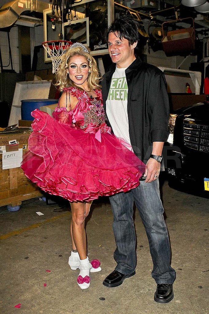 Nick Lachey and Kelly Ripa dressed up for Halloween.