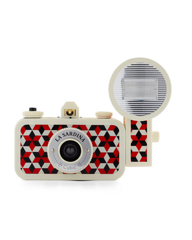 For the Retro Camera Lover: Lomography La Sardina ($110)