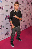 Justin walked the pink carpet solo.