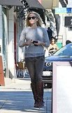 Reese Witherspoon carried her keys and a phone.