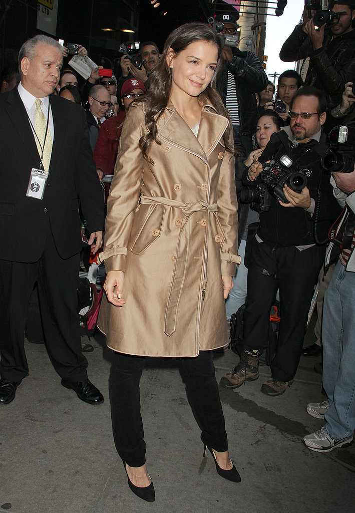 Katie Holmes arrived bright and early for her GMA interview.