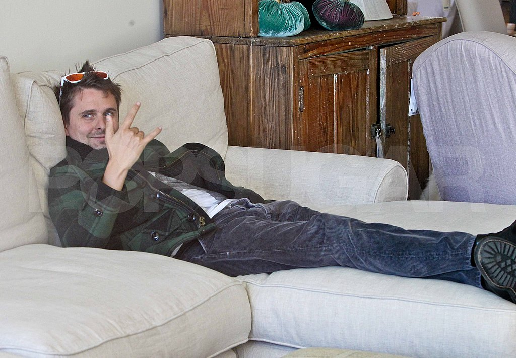Matt Bellamy got some rest during a shopping afternoon.