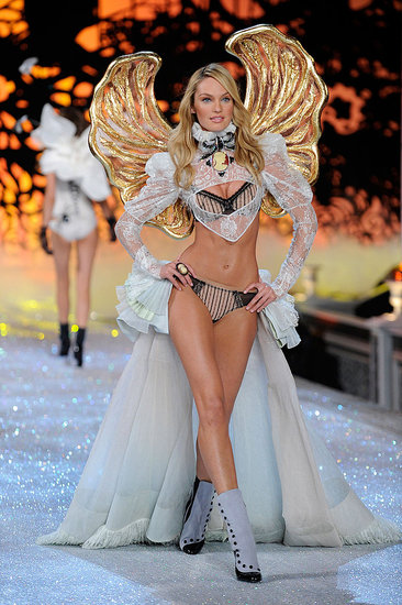 2011 Victoria&#039;s Secret Fashion Show