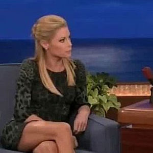 Julie Bowen Impression of Sofia Vergara From Modern Family