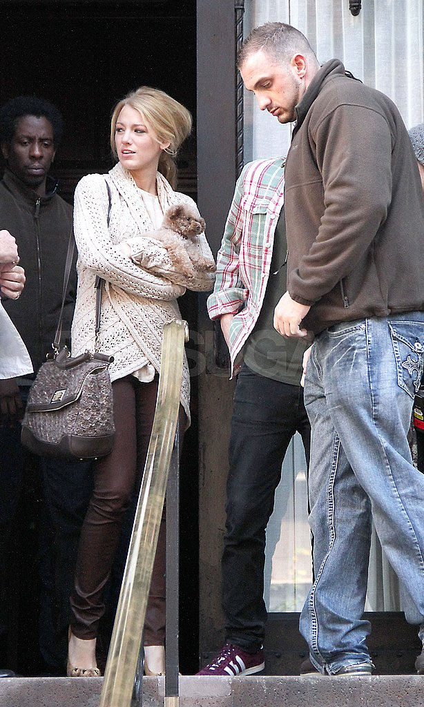 Blake Lively filming Gossip Girl.