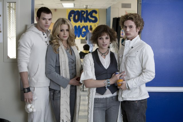 The Cullens fool everyone at high school into thinking they're adopted brothers and sisters.